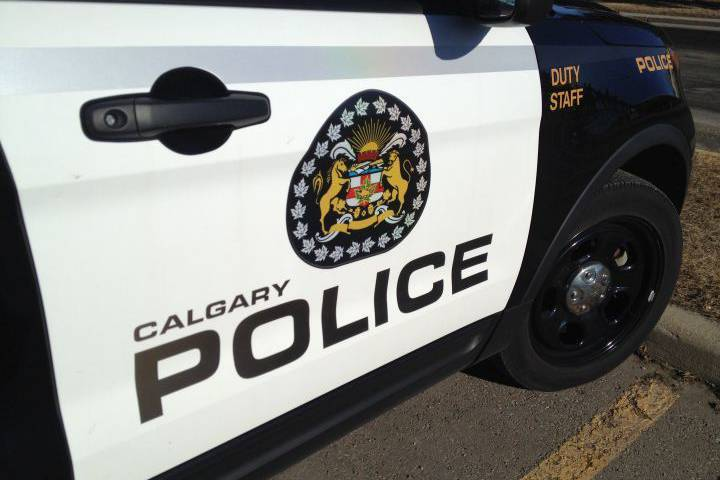 calgary-police-car