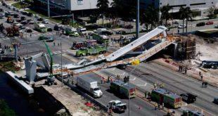 Colapsa puente peatonal en la Universidad Internacional de la Florida-Noticias Calgary AB-@latinosenalberta.ca